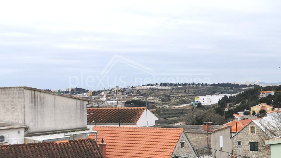 Dvoetažni dvosoban stan: Split, Kamen, 60 m2